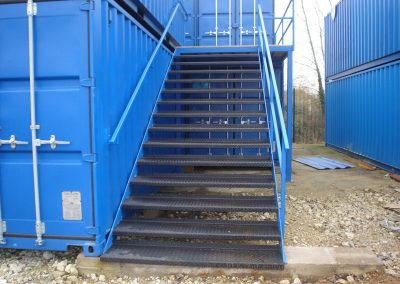 isoriser in place shows doubel stacked yard stairacase