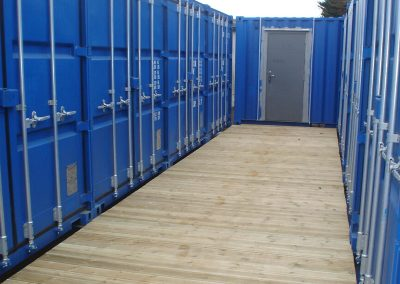 top view of how it allows access for top containers doors to open